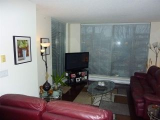 "Photo 2: 202 7360 ELMBRIDGE Way in Richmond: Brighouse Condo for sale in ""FLO"" : MLS®# R2422052"