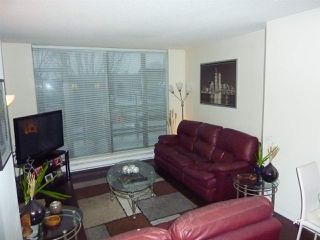 "Photo 3: 202 7360 ELMBRIDGE Way in Richmond: Brighouse Condo for sale in ""FLO"" : MLS®# R2422052"