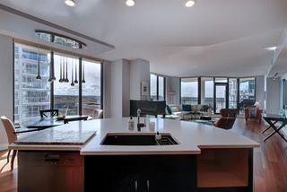 Photo 8: 903 11933 Jasper Avenue in Edmonton: Zone 12 Condo for sale : MLS®# E4184914