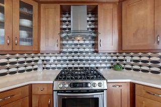 Photo 5: 903 11933 Jasper Avenue in Edmonton: Zone 12 Condo for sale : MLS®# E4184914