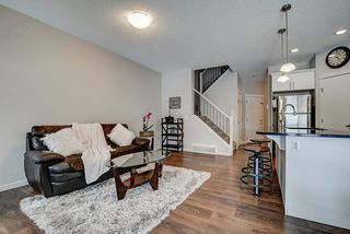 Photo 3: 17353 120 Street in Edmonton: Zone 27 House Half Duplex for sale : MLS®# E4187552