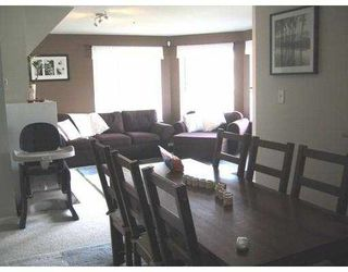 Photo 5: 203 2285 PITT RIVER RD in Port Coquiltam: Central Pt Coquitlam Condo for sale (Port Coquitlam)  : MLS®# V557590