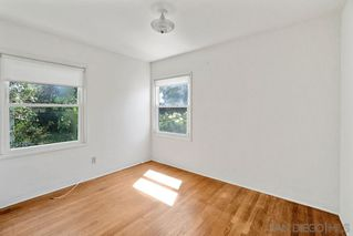 Photo 6: PACIFIC BEACH House for sale : 2 bedrooms : 5137 Mission Blvd in San Diego