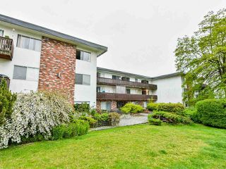 "Photo 1: 103 910 FIFTH Avenue in New Westminster: Uptown NW Condo for sale in ""Grosvenor Court/ Aldercrest Developments Inc."" : MLS®# R2459937"