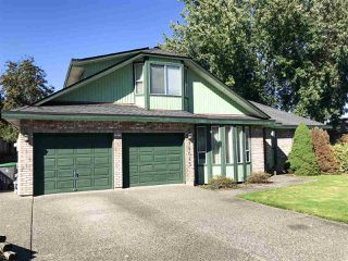 """Photo 3: 15043 75 Avenue in Surrey: East Newton House for sale in """"CHIMNEY HILL"""" : MLS®# R2503697"""