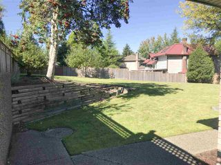 """Photo 5: 15043 75 Avenue in Surrey: East Newton House for sale in """"CHIMNEY HILL"""" : MLS®# R2503697"""