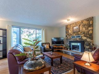 Photo 6: 1092 Vic Pl in : CS Brentwood Bay House for sale (Central Saanich)  : MLS®# 858387