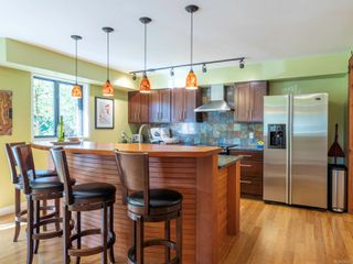 Photo 10: 1092 Vic Pl in : CS Brentwood Bay House for sale (Central Saanich)  : MLS®# 858387