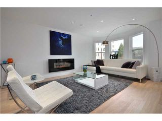 "Photo 2: 1560 COMOX Street in Vancouver: West End VW Townhouse for sale in ""C & C"" (Vancouver West)  : MLS®# V931031"