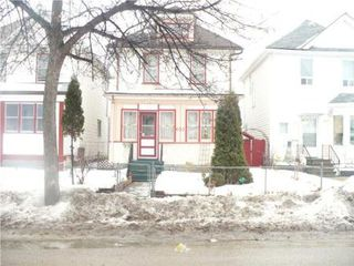 Photo 1: 633 AGNES ST.: Residential for sale (Canada)  : MLS®# 1003415