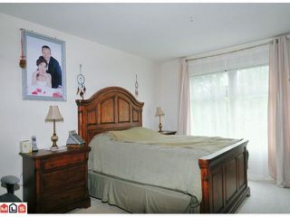 "Photo 6: 203 15210 GUILDFORD Drive in Surrey: Guildford Condo for sale in ""BOULEVARD CLUB"" (North Surrey)  : MLS®# F1214528"