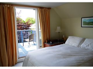 """Photo 5: 592 W 18TH Avenue in Vancouver: Cambie House for sale in """"DOUGLAS PARK"""" (Vancouver West)  : MLS®# V970120"""