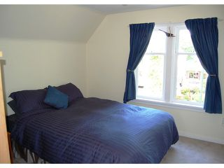 """Photo 6: 592 W 18TH Avenue in Vancouver: Cambie House for sale in """"DOUGLAS PARK"""" (Vancouver West)  : MLS®# V970120"""