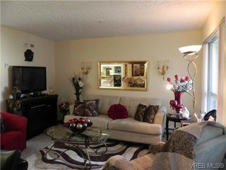 Photo 2: 309 1505 Church Ave in VICTORIA: SE Cedar Hill Condo for sale (Saanich East)  : MLS®# 619477