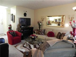 Photo 3: 309 1505 Church Ave in VICTORIA: SE Cedar Hill Condo for sale (Saanich East)  : MLS®# 619477