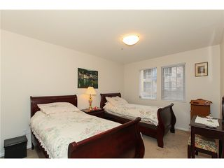"Photo 6: # 204 1369 56TH ST in Tsawwassen: Cliff Drive Condo for sale in ""WINDSOR WOODS"" : MLS®# V992288"