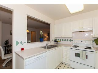 "Photo 5: # 204 1369 56TH ST in Tsawwassen: Cliff Drive Condo for sale in ""WINDSOR WOODS"" : MLS®# V992288"
