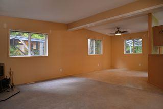 Photo 10: 2408 SUNSHINE COAST Highway: Roberts Creek House for sale (Sunshine Coast)  : MLS®# V993754