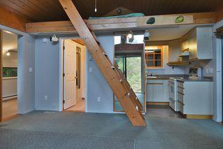 Photo 4: 2408 SUNSHINE COAST Highway: Roberts Creek House for sale (Sunshine Coast)  : MLS®# V993754