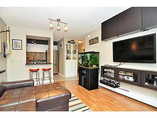 "Photo 3: 103 2142 CAROLINA Street in Vancouver: Mount Pleasant VE Condo for sale in ""WOOD DALE"" (Vancouver East)  : MLS®# V1080073"