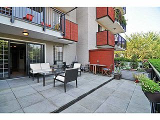 "Photo 7: 103 2142 CAROLINA Street in Vancouver: Mount Pleasant VE Condo for sale in ""WOOD DALE"" (Vancouver East)  : MLS®# V1080073"