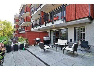 "Photo 6: 103 2142 CAROLINA Street in Vancouver: Mount Pleasant VE Condo for sale in ""WOOD DALE"" (Vancouver East)  : MLS®# V1080073"