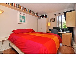 "Photo 8: 103 2142 CAROLINA Street in Vancouver: Mount Pleasant VE Condo for sale in ""WOOD DALE"" (Vancouver East)  : MLS®# V1080073"