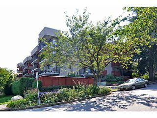 "Photo 17: 103 2142 CAROLINA Street in Vancouver: Mount Pleasant VE Condo for sale in ""WOOD DALE"" (Vancouver East)  : MLS®# V1080073"