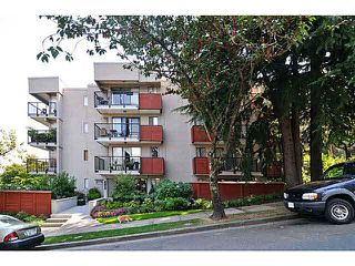 "Photo 12: 103 2142 CAROLINA Street in Vancouver: Mount Pleasant VE Condo for sale in ""WOOD DALE"" (Vancouver East)  : MLS®# V1080073"