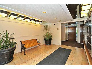 "Photo 14: 103 2142 CAROLINA Street in Vancouver: Mount Pleasant VE Condo for sale in ""WOOD DALE"" (Vancouver East)  : MLS®# V1080073"