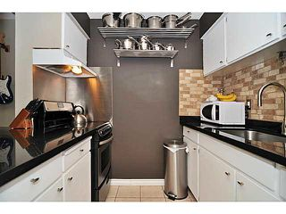 "Photo 5: 103 2142 CAROLINA Street in Vancouver: Mount Pleasant VE Condo for sale in ""WOOD DALE"" (Vancouver East)  : MLS®# V1080073"