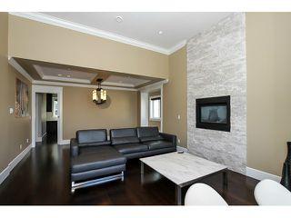 """Photo 3: 4456 PRICE Crescent in Burnaby: Garden Village House for sale in """"GARDEN VILLAGE"""" (Burnaby South)  : MLS®# V1080856"""