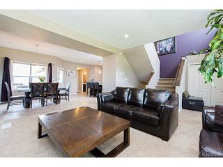 Photo 4: 1562 Concordia Avenue in WINNIPEG: North Kildonan Residential for sale (North East Winnipeg)  : MLS®# 1421438
