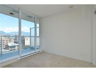 Photo 2: 1505 550 Taylor Street in Vancouver: Downtown VW Condo for sale (Vancouver West)  : MLS®# V1074531
