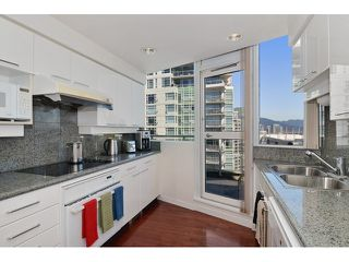 Photo 6: # 3203 1201 MARINASIDE CR in Vancouver: Yaletown Condo for sale (Vancouver West)  : MLS®# V1117091