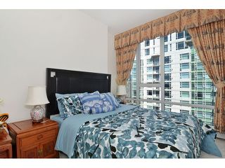 Photo 10: # 3203 1201 MARINASIDE CR in Vancouver: Yaletown Condo for sale (Vancouver West)  : MLS®# V1117091