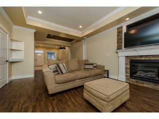 Photo 5: 27943 FRASER HIGHWAY in Abbotsford: Aberdeen House for sale : MLS®# R2136976