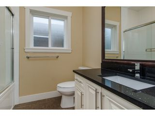 Photo 19: 27943 FRASER HIGHWAY in Abbotsford: Aberdeen House for sale : MLS®# R2136976