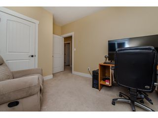 Photo 17: 27943 FRASER HIGHWAY in Abbotsford: Aberdeen House for sale : MLS®# R2136976