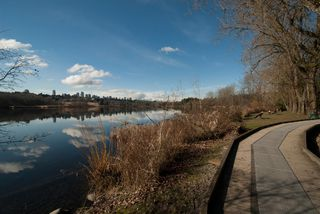Photo 26: 5683 EGLINTON STREET in Burnaby: Deer Lake Place House for sale (Burnaby South)  : MLS®# R2155405