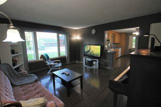 Photo 6: 122 Second Avenue Southwest in St Jean Baptiste: R17 Residential for sale : MLS®# 1925686