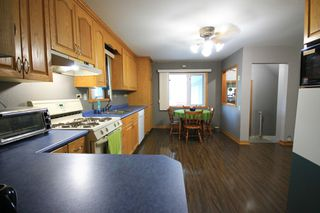 Photo 3: 122 Second Avenue Southwest in St Jean Baptiste: R17 Residential for sale : MLS®# 1925686