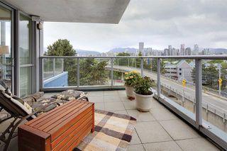 "Photo 12: 505 1425 W 6TH Avenue in Vancouver: False Creek Condo for sale in ""Modena Of Portico"" (Vancouver West)  : MLS®# R2403770"