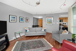 "Photo 5: 505 1425 W 6TH Avenue in Vancouver: False Creek Condo for sale in ""Modena Of Portico"" (Vancouver West)  : MLS®# R2403770"
