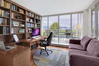 "Photo 15: 505 1425 W 6TH Avenue in Vancouver: False Creek Condo for sale in ""Modena Of Portico"" (Vancouver West)  : MLS®# R2403770"