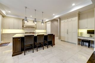 Photo 10: 803 Drysdale Run NW in Edmonton: Zone 20 House for sale : MLS®# E4180196