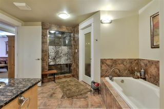 Photo 25: 26 WEDGEWOOD Crescent in Edmonton: Zone 20 House for sale : MLS®# E4191949
