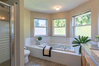 """Photo 15: 21101 43 Avenue in Langley: Brookswood Langley House for sale in """"Brookswood"""" : MLS®# R2446022"""