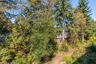 "Photo 20: 308 2020 CEDAR VILLAGE Crescent in North Vancouver: Westlynn Condo for sale in ""Kirkstone Gardens"" : MLS®# R2450651"