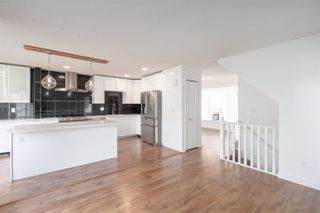Photo 3: 125 2880 PANORAMA DRIVE in Coquitlam: Westwood Plateau Townhouse for sale : MLS®# R2449920
